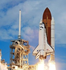 Shuttle Discovery Launch - Wikimedia Commons